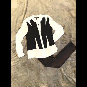 BCBGMaxazria XXS Black & White Button Down Shirt